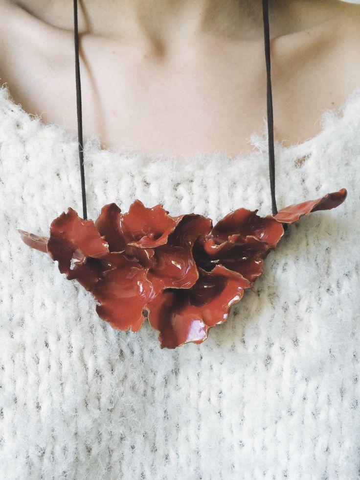 ceramic jewerly  badubadu.co salon.io/manufalcao  #ceramic #jewerly #contemporary #clay #glazed