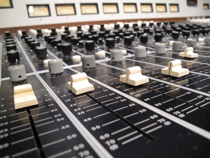 41 best Radio images on Pinterest Radios, Console and Console tables - studio recording engineer sample resume