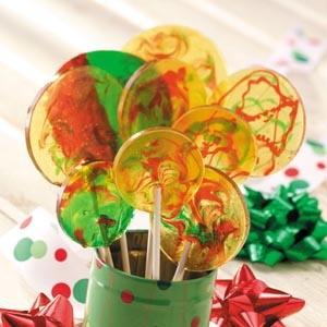 Peppermint Lollipops - wish they gave a recipe to make without corn syrup!