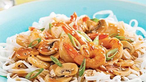 Sauté de crevettes teriyaki sur nouilles de riz