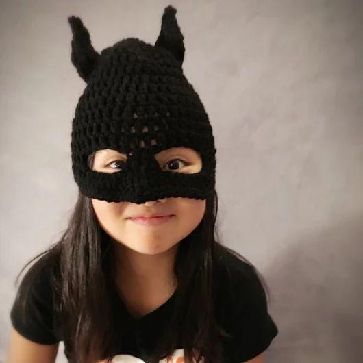 Bat Mask Toque