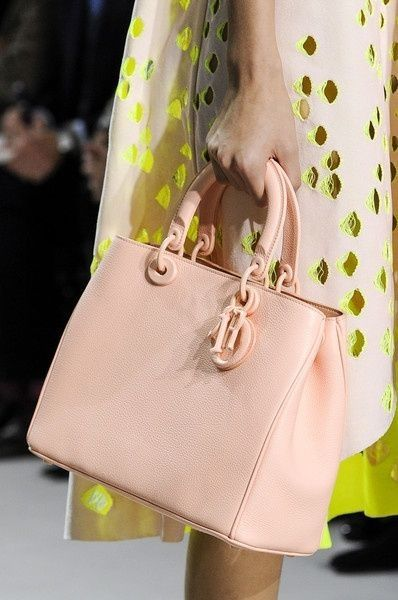 Dior Spring/Summer 2014 (interpretation) (accessories) (structuralism)