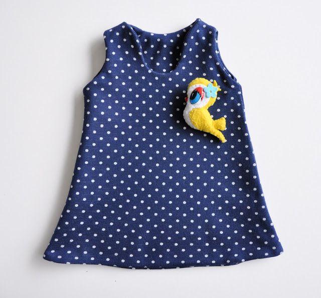 omkeerbaar tricot jurkjes met de overlock emma en mona: de onomkeerbare omkeerbaarheid