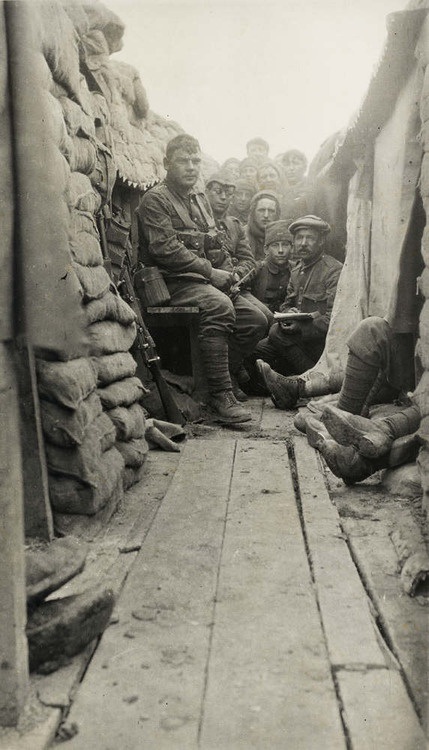 The second battalion of the Monmouthshire Regiment in the trenches, Le Bizet, April 1915