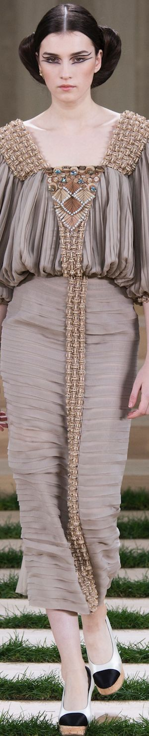 Chanel Spring 2016 Couture www.aromatiqueessentials.com.au