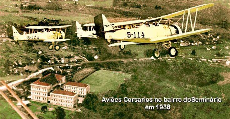 Aviões Corsários sobre o bairro Seminário. 1938.