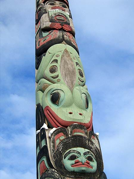 Jennifer N. Adleman: 2008 Southeastern Alaska Sitka Totems ⚪️Inuit / Tlingit / Haida : More At FOSTERGINGER @ Pinterest
