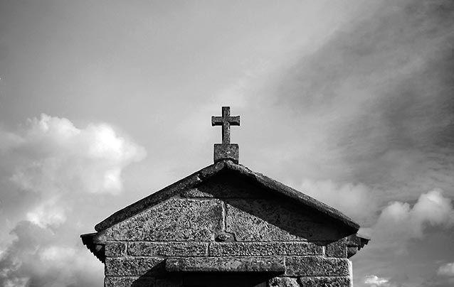 Morriña - Volvemos con los iconos religiosos y el juego del ¿donde está? La última vezacabamos en Cuenca con un abrazo virtual para Juliay hoy, aunque la cosa también va de abrazos, hay que añadirle puros y felicitaciones. El adivinador que adivine el lugar y motivo fotografiado tendrá el honor de invita... - http://www.fotografoprofesionalbogota.co/singles/morrina/