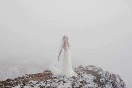 The Artemis gown / Nora Sarman Bridal / Photo Pinewood Weddings