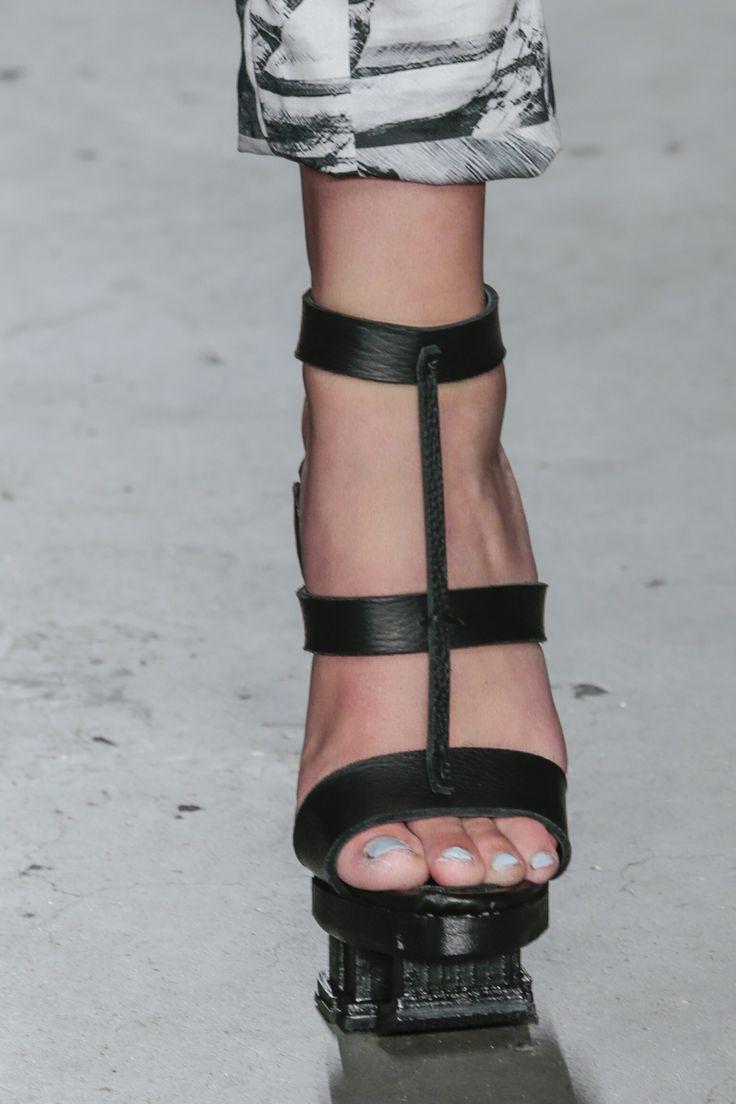 Dukes roller shoes - Excidium Shoe By Chris Van Den Elzen Collaboration With Judith Van Vliet Photography Team Peter