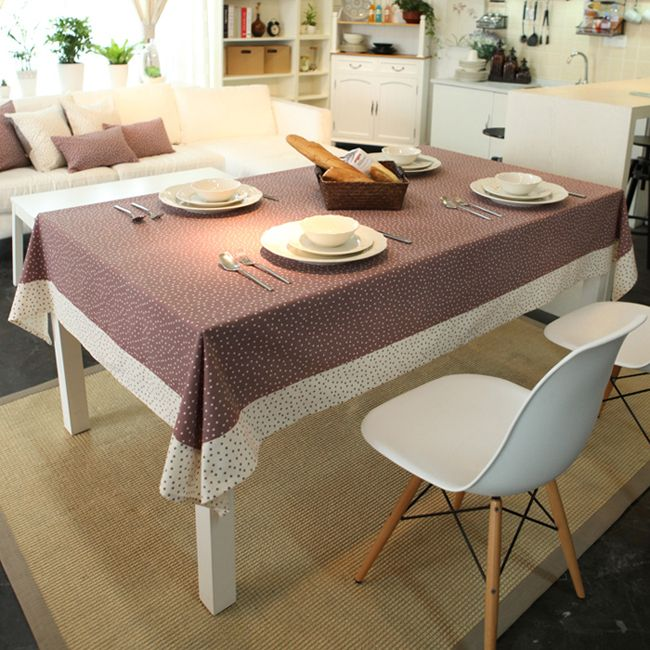 Two-tone tablecloth