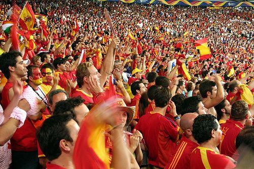 Los 13 equipos de fútbol europeo con más fans - Futbolfinanzas - Futbolfinanzas