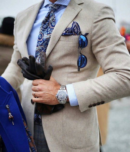 Tibor Stílus Lapja - The best 🆒 | #tslstyle #TSL #in Credit:@pittimmagine 📷 Stylesh:@melikkam 💥 Follow us:@tslstyle ®🔥🔥🔥🔥 #pitti91 #menwithclass #dapper #dandys #suitswag #suitup #it #stylesh #pickoftheday #gents #menlook #love #blue #likeboss #fashion #fashionblogger #class #upper #OOTD #swag #style4guys #men4men #like4like #followme 💻 http://tslstyle.com ➡ |Blog| 🆙 http://ift.tt/2iIDVqf
