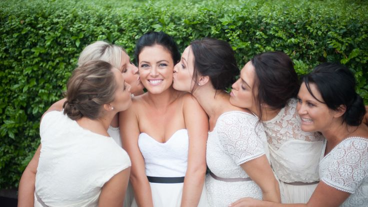 Beautiful bridal party www.jennifermountain.com.au