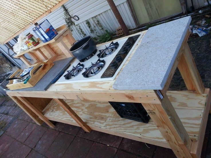 17 best ideas about simple outdoor kitchen on pinterest for Outdoor cooking station plans