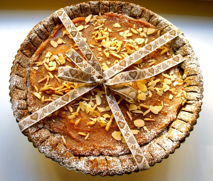 tarte with quince jam