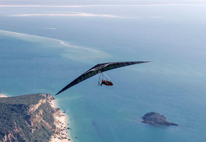 FLYING OVER THE PORTINHO DA ARRÁBIDA BEACH