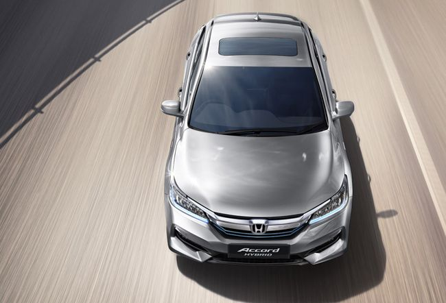 #bangalorecardealers #cardealers2016 #magnumhonda #hondaaccord Magnum Honda - South India's No.1 Authorized Honda Car Dealers in Bangalore. Get 2016 Honda Accord car on road price and book a test drive online. For more details visit : http://www.magnumhonda.com/honda-accord-bangalore/