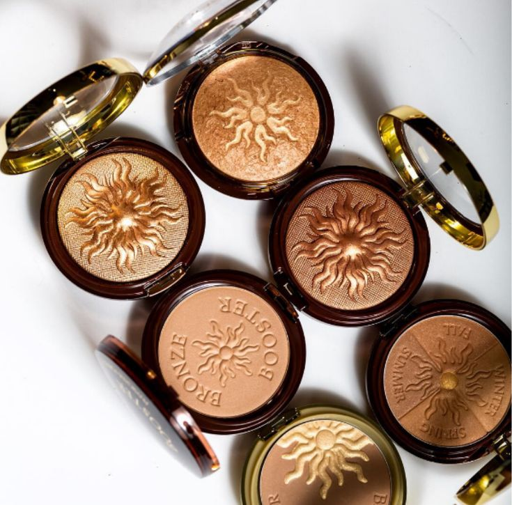 A golden bronze for any occasion. Which Bronze Booster Bronzer catches your eye?  Available at: http://www.physiciansformula.com/en-us/product/face/bronzers.html