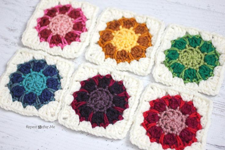Free Crochet Dahlia Flower Pattern : Crochet Dahlia Squares - Tutorial 4U // hf http://www ...