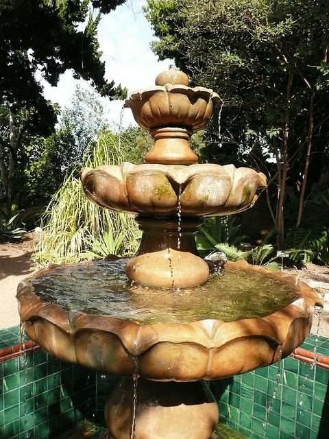 San Diego, Quail Botanic Garden, Fountain.
