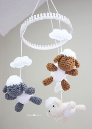Lamb, make a mobile or make by themselves, either way is super cute! PICTURE and PATTERN belong to Repeat Crafter Me  pick up the pattern here ~> http://www.repeatcrafterme.com/2013/08/crochet-lamb-pattern-and-baby-mobile.html