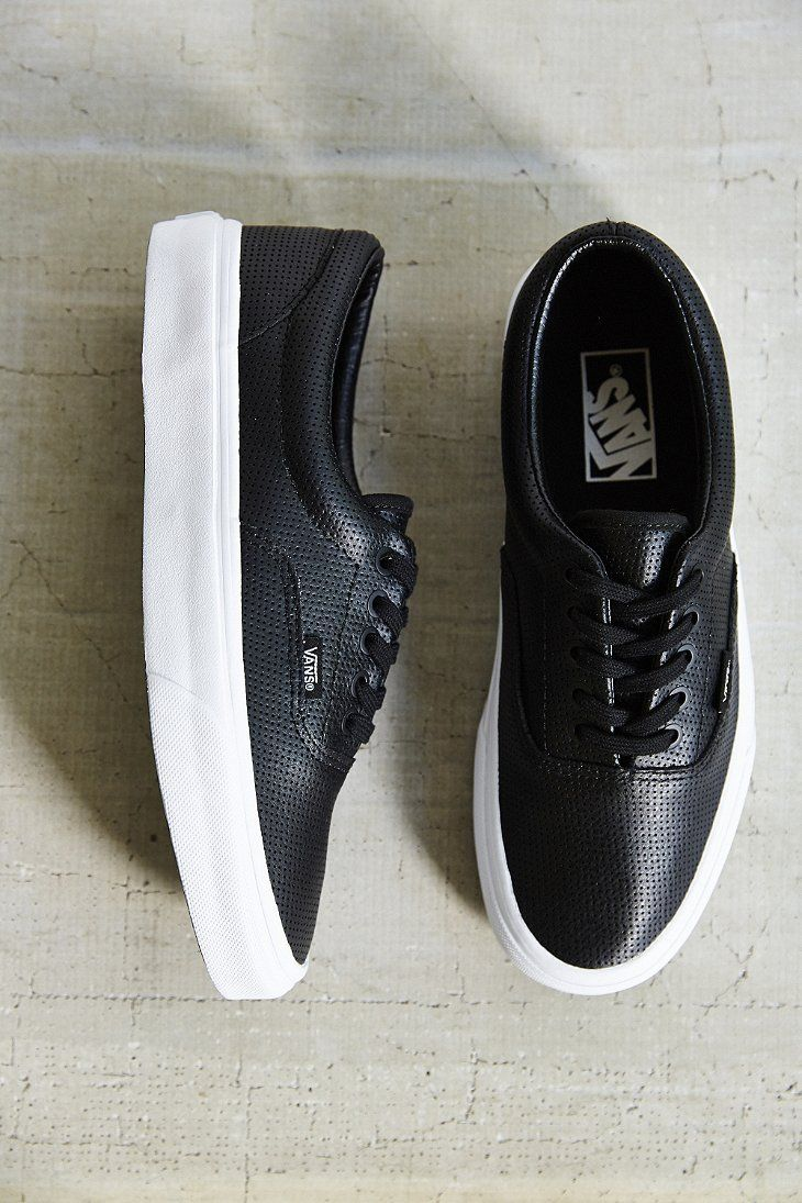 vans era trainers black leather