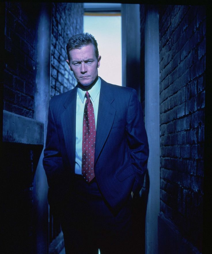 Agent John Doggett played by Robert Patrick (X-Files)