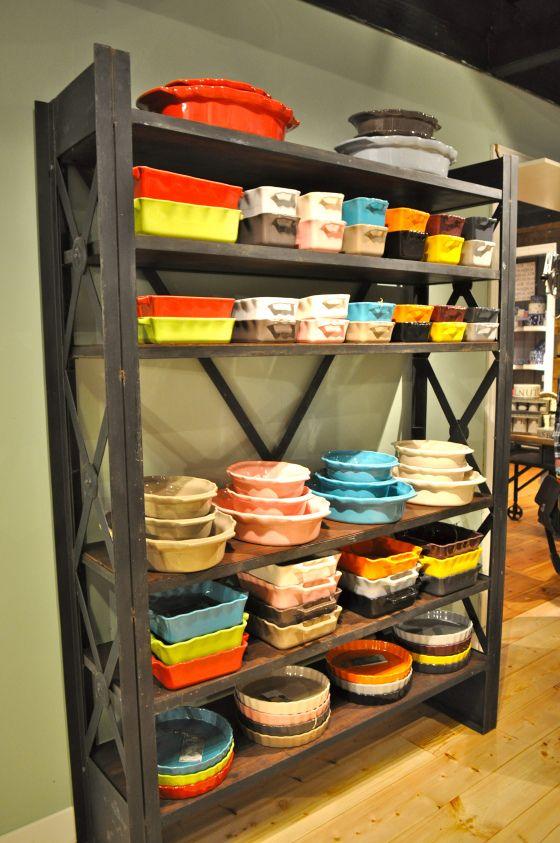 Gekleurde ovenschalen op trademart utrecht fotografie for Interieuradvies utrecht