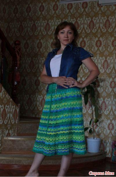 """Всем привет и добрые пожелания!  Два года назад я связала себе юбочку, которую назвала """"Бирюзовые брызги"""",  многие ее видели и некоторые даже связали себе подобные юбочки."""
