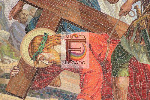 El Viacrucis, detalle, mosaico, Catedral Basílica Metropolitana de la Inmaculada Concepción de María. Medellín, Antioquia, Colombia