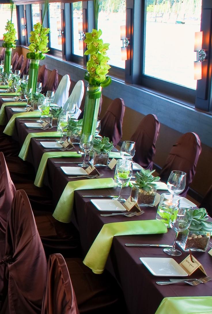 Chocolate brown & green | The Wedding Yacht