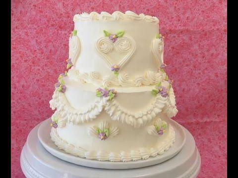 Оформление тортов кремом. Украшение свадебного торта испанским кондитером - YouTube