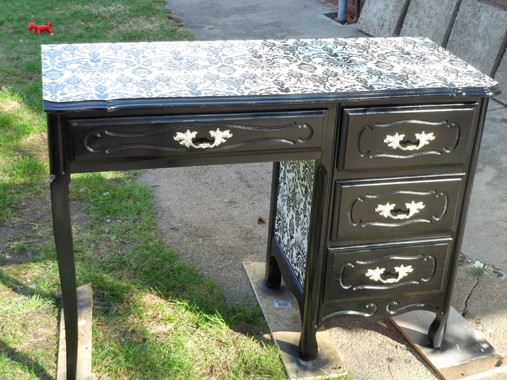 A cute vanity table refinished using spray paint and for Cute vanity desk