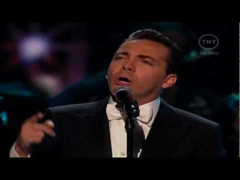 ▶ Cristian Castro - El Triste (En Vivo) [Grammy Latino 2011] HD - YouTube