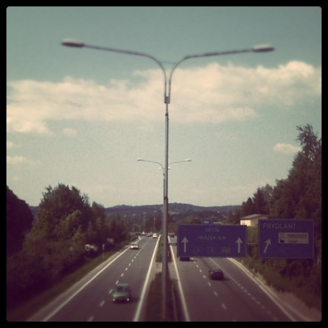 Highway, images by @wivercz