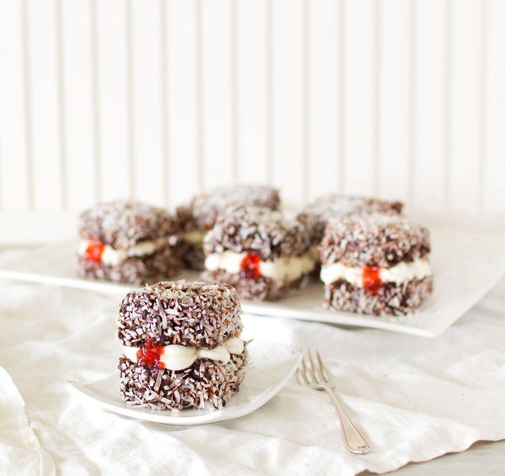 The Kiwi Cook | Chocolate Lamingtons | http://thekiwicook.com