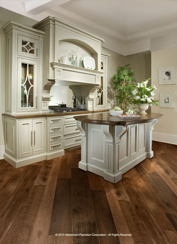custom kitchens   Today's custom kitchen cabinetry designs have helped the kitchen ...