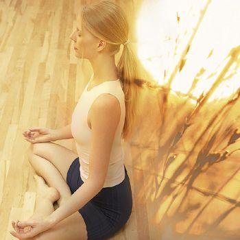 Relaxe.  Cuide da SUA Saúde emocional e tenha Mais Saudáveis dias.  www.vitalbox.com.br # bem-estar # Bem-Estar # Meditação
