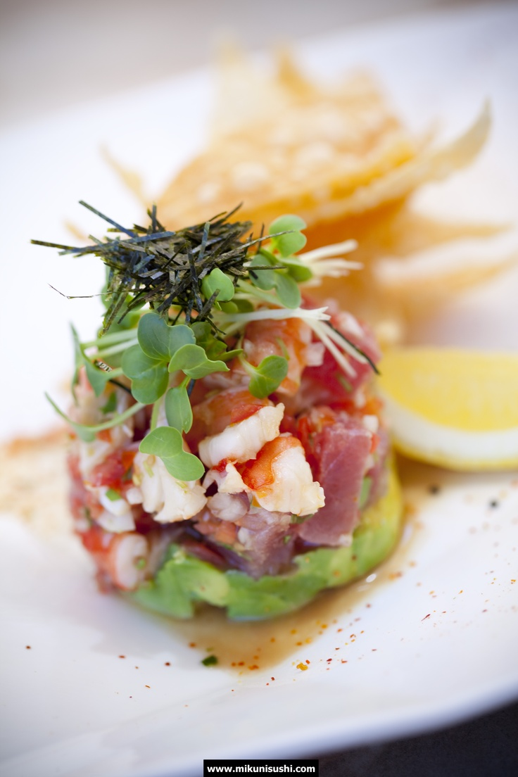 Yuzu Ceviche: Yellowfin tuna, tiger prawns & avocado, marinated in yuzu juice. Served w/ wonton chips