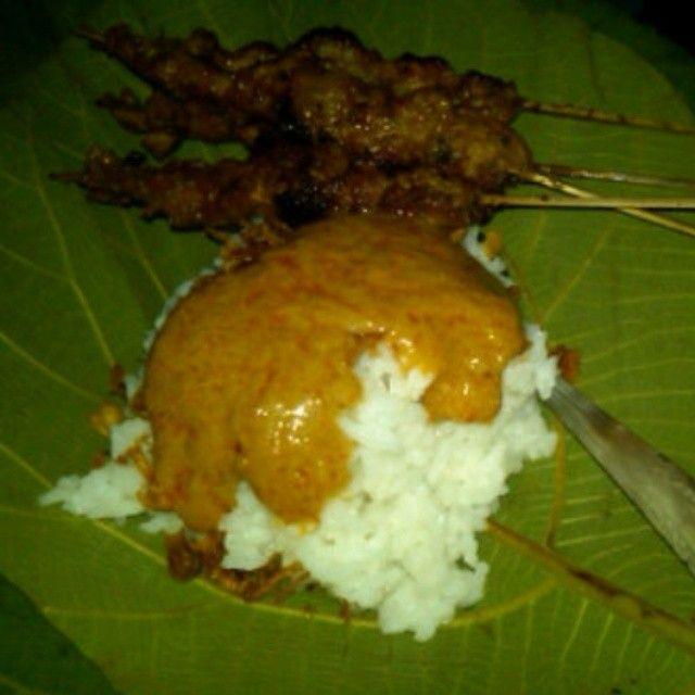 Sate Ayam Khas Blora, Jawa Tengah, Indonesia