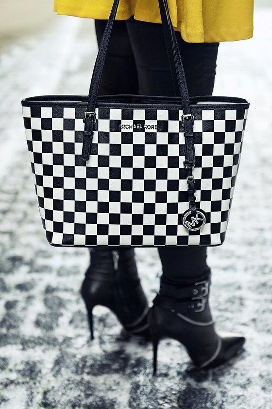 *Black & yellow - styled by Zipy* #yellowdress #zara #booties #checkedbag #michaelkors #zipy #fashionblogger #zipystyle #outfit