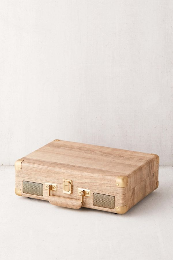 Crosley Uo Exclusive Wood Cruiser Bluetooth Record Player Bluetooth Record Player Record Player Best Record Player