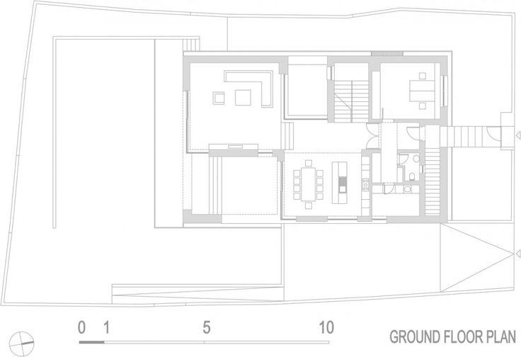 Casa a fost conceputa pentru o tanara familie ce isi dorea o noua casa intr-0 zona cu multa verdeata din apropierea orasului Zagreb.Cerinta principala a fost nevoia de intimitate a beneficiarilor,…