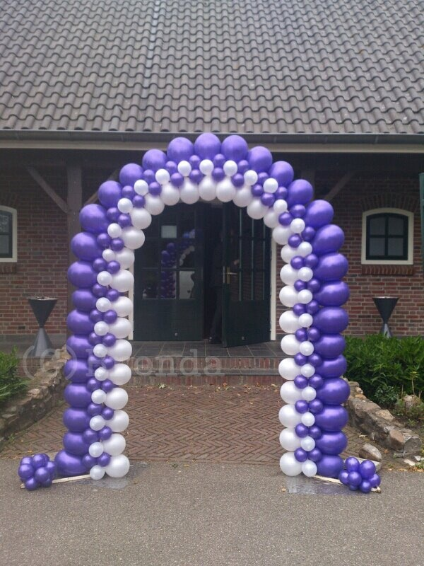 Balloon Arch made by me :) Brenda from CreaRose