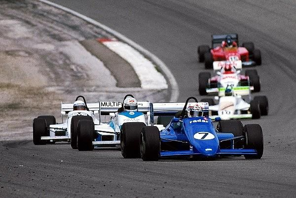 (7) Philippe Alliot - March 85B Cosworth DFV - Bob Sparshott Automotive leads (13) Gabriele Tarquini - March 85B Cosworth DFV - Sanremo Racing - Dijon - 1985 European Formula 3000 Championship, round 7 - © Sutton Motorsport Images