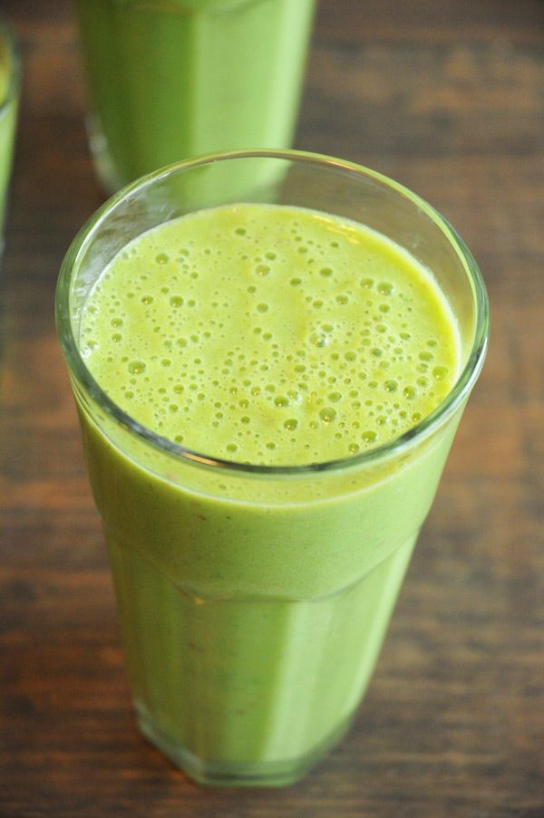 Classic Green Monster Smoothie ~ This smoothie – it's amazing. Chock full of nutritious and delicious ingredients, it's a surefire way to drink yourself happy!