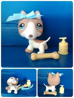 Littlest Pet Shop #1095 Tan White BULL TERRIER DOG Blue Eyes Bow Bone Shower gel