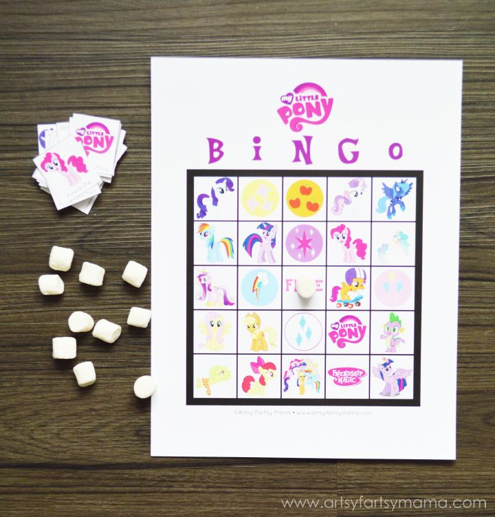Free Printable My Little Pony Bingo at artsyfartsymama.com #MLP #MyLittlePony