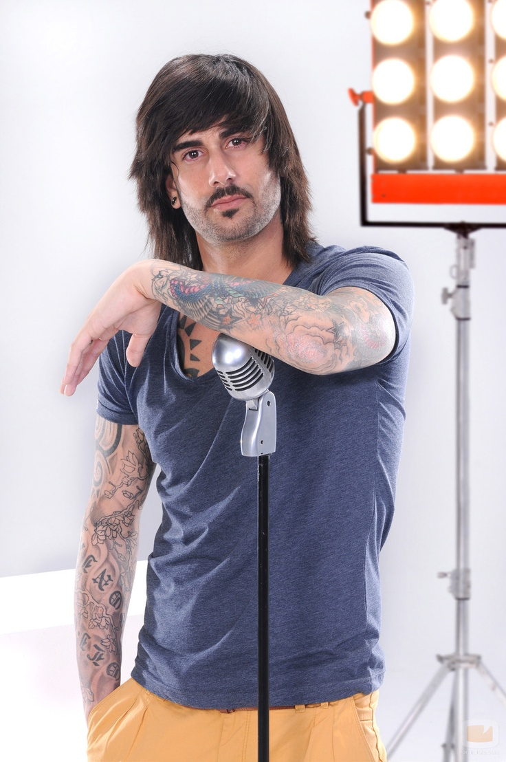 Melendi ( Spain ) Flamenco + Rock = Love